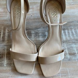 Vince Camuto - 7.5